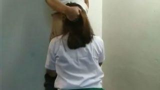 Pinay student nagpaiyot makuha lang ang varisity na crush